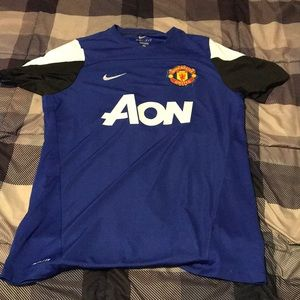 NIKE DRI FIT MANCHESTER UNITED PRACTICE JERSEY